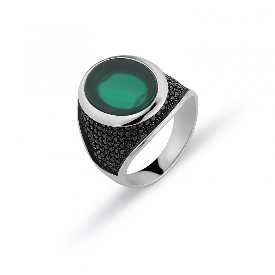Green A smart stone men's ring