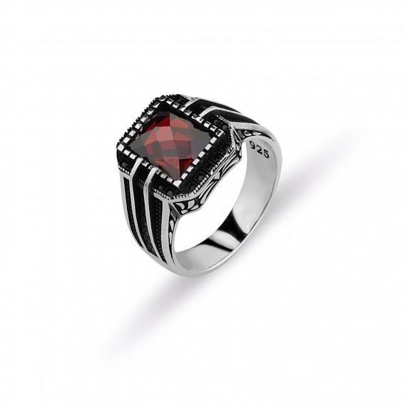 Kesme Kırmızı Taşlı Erkek Yüzüğü